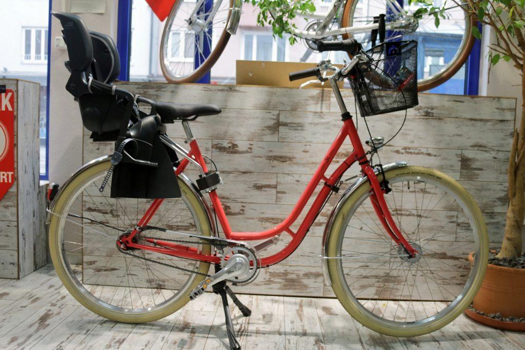Retro Fahrrad + Mutter-Kind in 2Rad Fahrradladen München